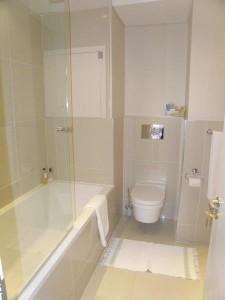 eden-on-the-bay-en-suite-bathroom