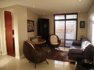 eden-on-the-bay-living-room