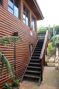 stairs-to-braai-area_east