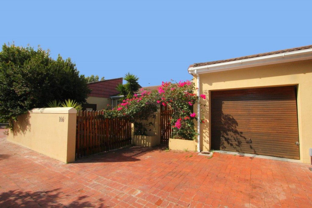 3 BEDROOM HOUSE ON THE FRINGE OF THE VLEI